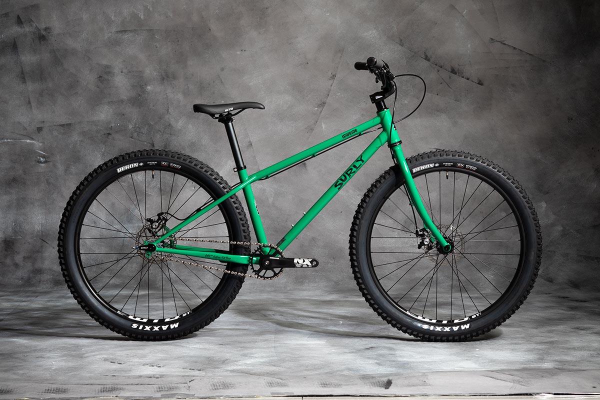 Sulry Lowside Bike - Green Astro Turf