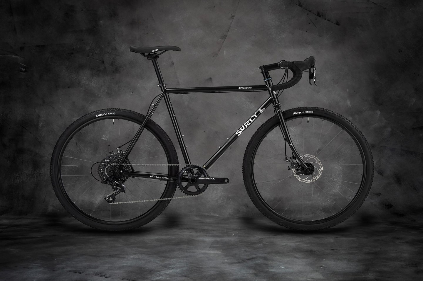 Straggler Bike 700c - Gloss Black