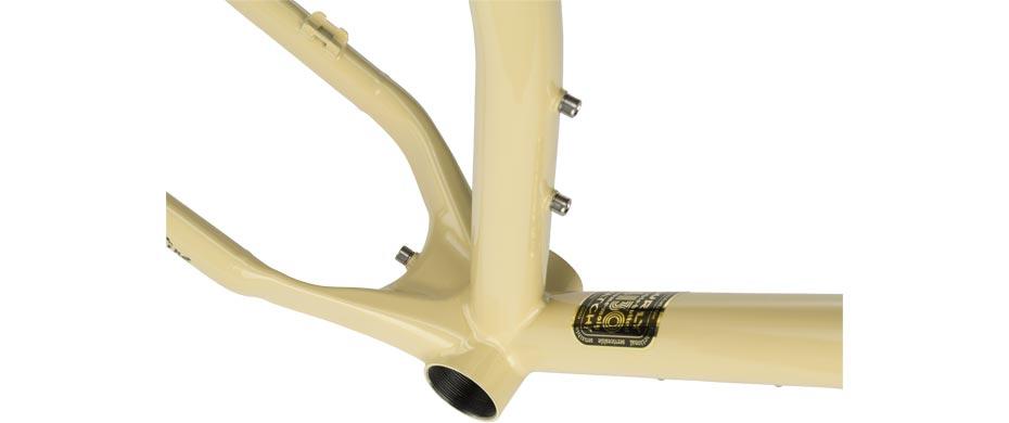ECR beige frameset bottom bracket detail view
