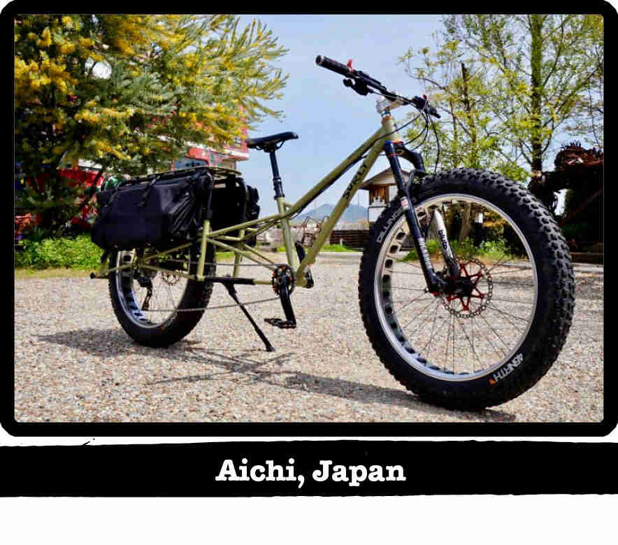 Right side view of a Surly Big fat dummy fat bike, green - Aichi, Japan tag below image
