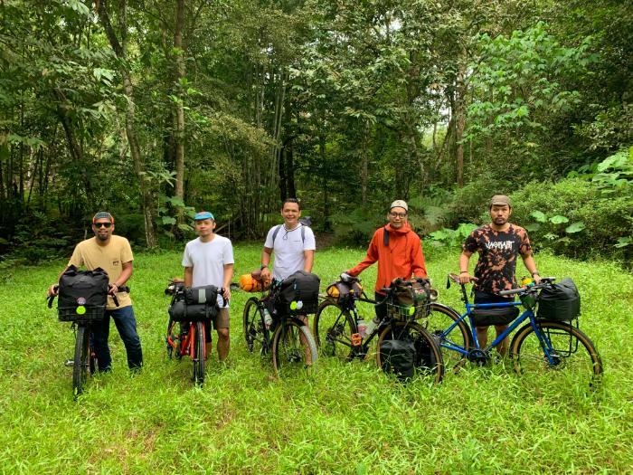 Bikepacking Friends Photo